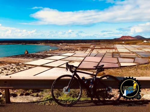 cycling lanzarote el golfo flats