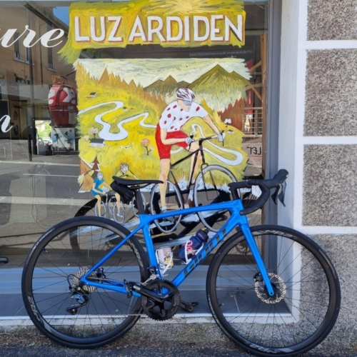 cycling france cycling pyrenees cafe stop