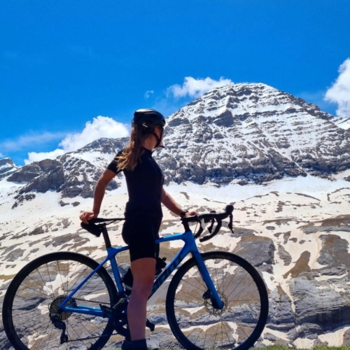cycling france cycling pyrenees carys mountains giant